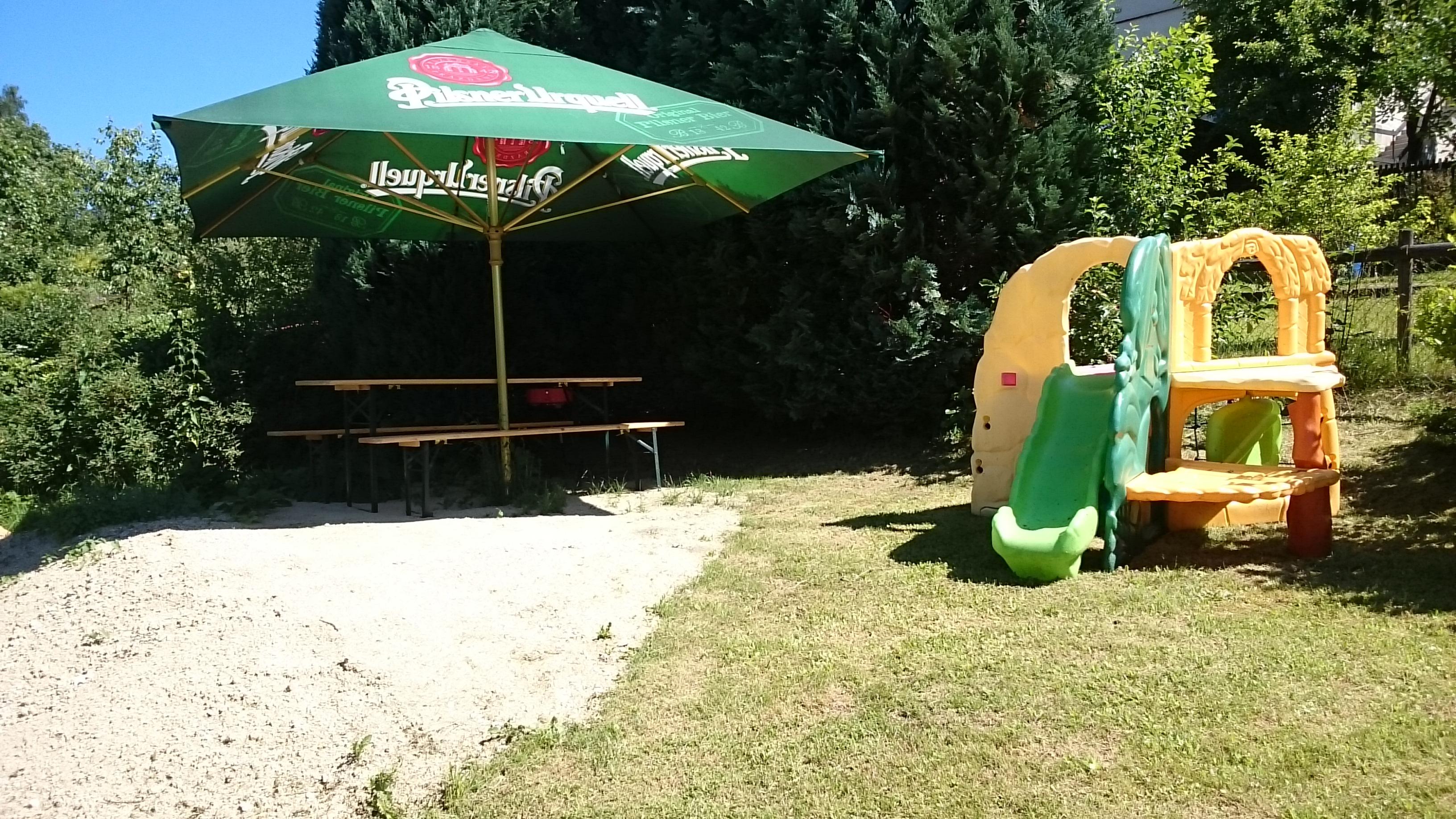 Dětské hřiště/ Playground / Spielplatz